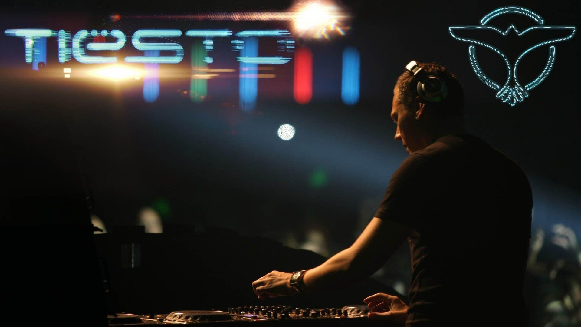 DJ Tiesto Wallpapers 2015 - Wallpaper - 94.4KB