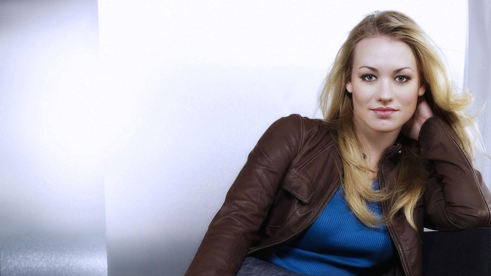 Yvonne Strahovski HD Wallpapers - Wallpaper Cave