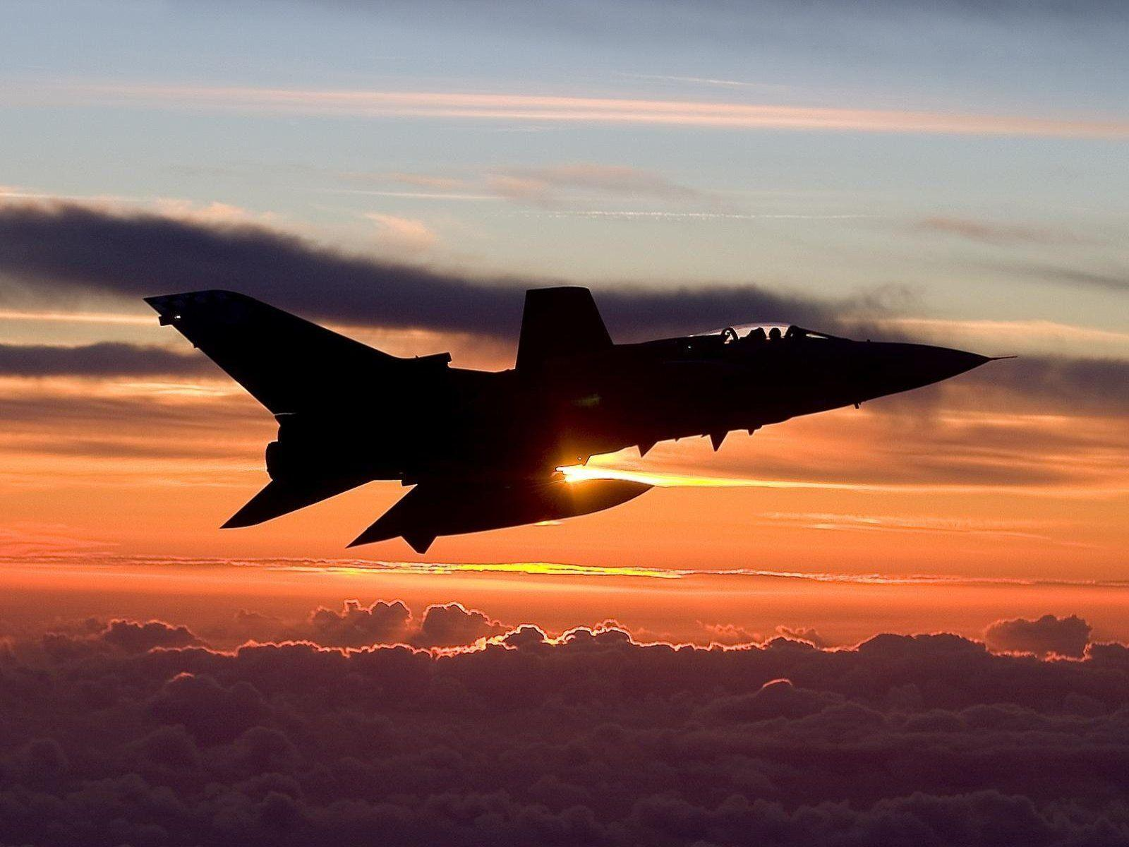 Cool Military Aircraft Pictures
