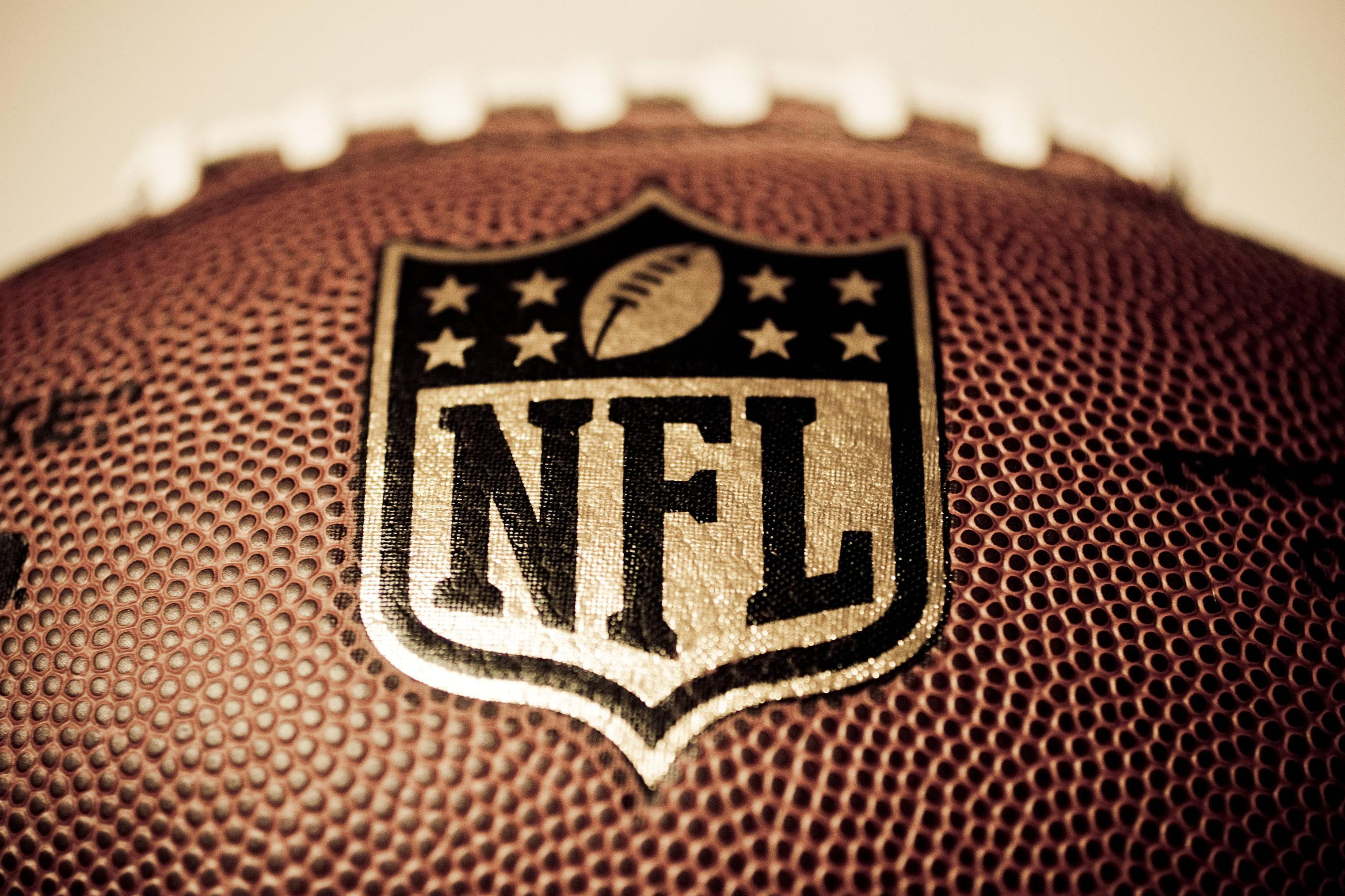 American Football Wallpapers Backgrounds By Fexy Apps: NFL Football Wallpapers