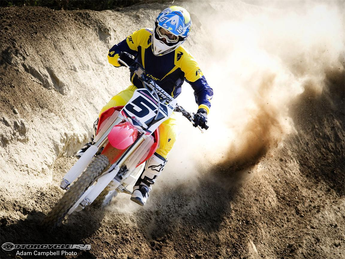 New Cars & Bikes: Dirt Rider Motorcycles Amazing Wallpapers