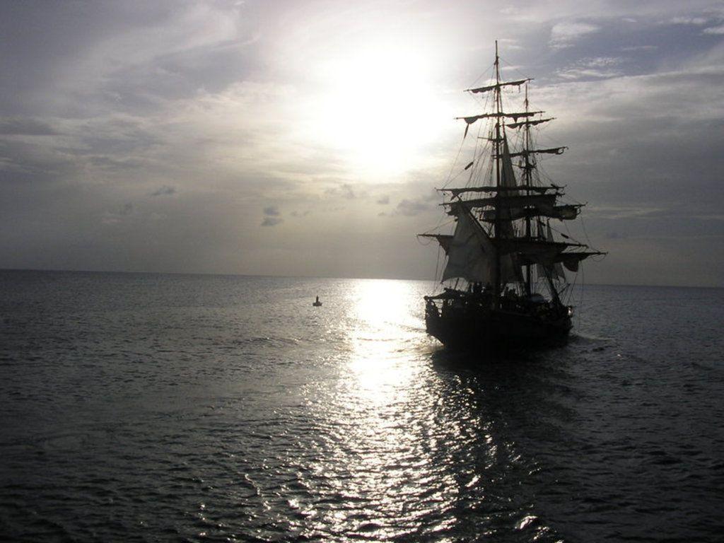Pirate ship iphone wallpaper - photo#44