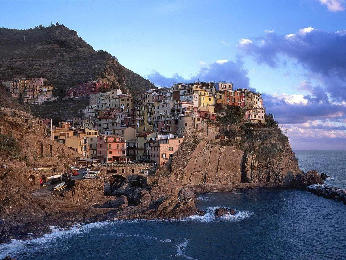 Manarola Italy backgrounds Wallpaper | High Quality Wallpapers ...