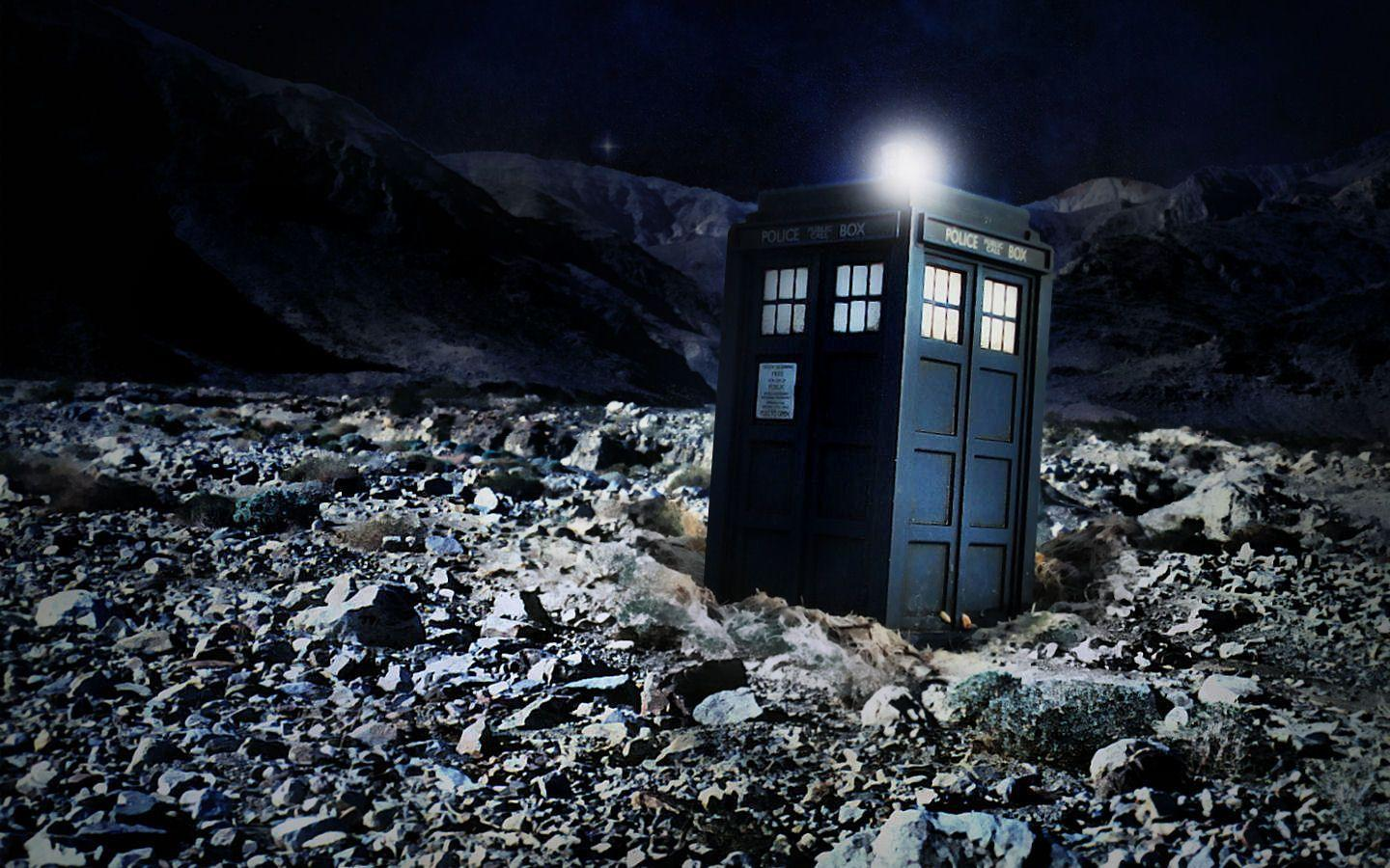 Doctor Background TARDIS Desktop Backgro...