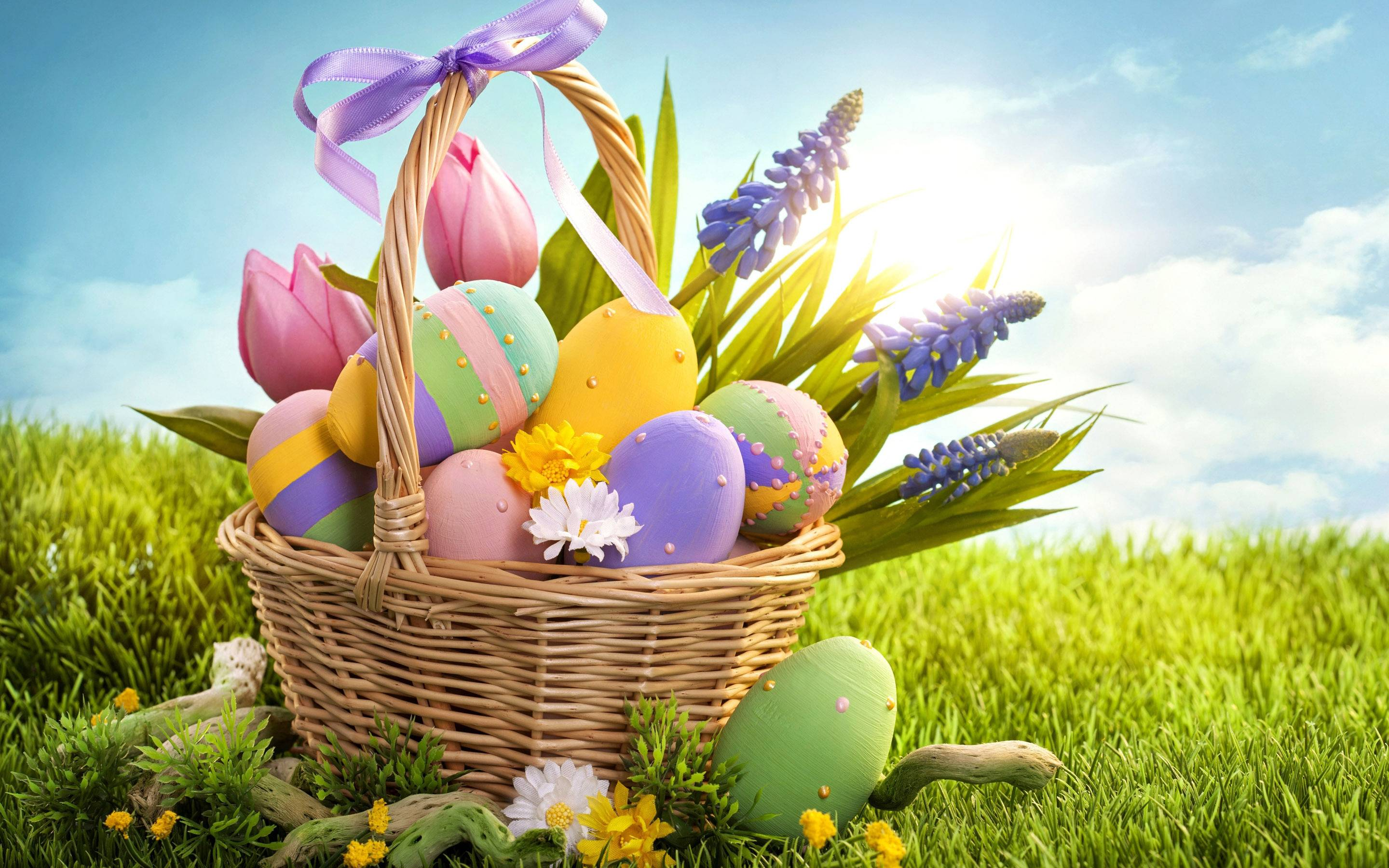 Colorful Easter eggs Wallpapers #