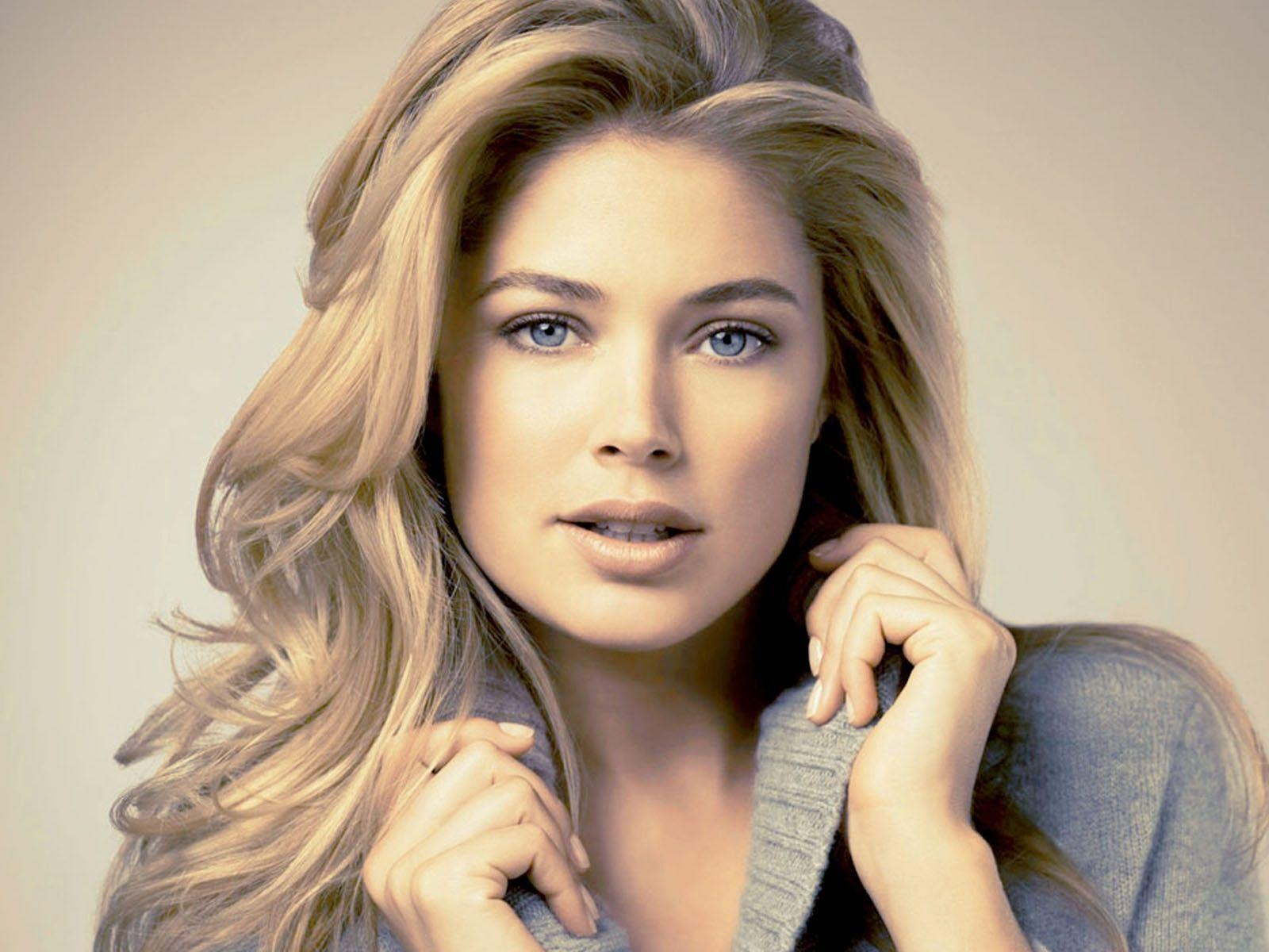 Doutzen Kroes Wallpaper HD Celebrities Doutzen Kroes Picture ...