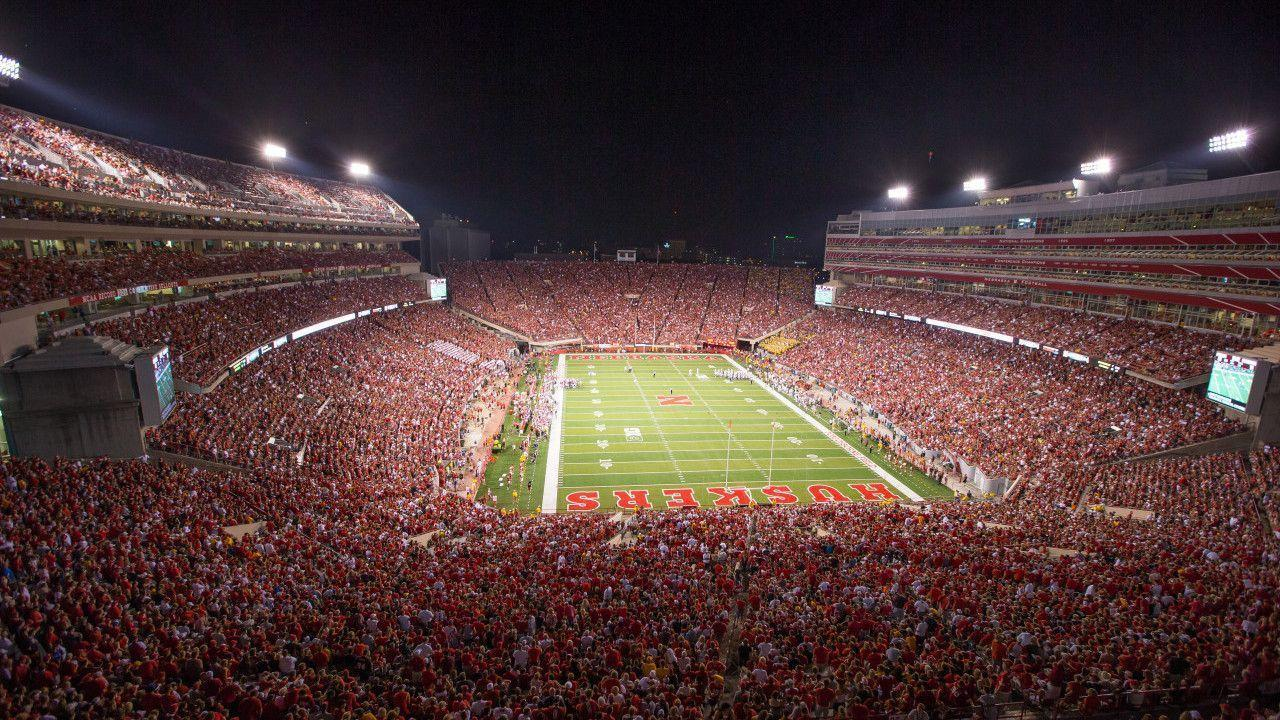 Huskers Land QB Kevin Dillman for 2015