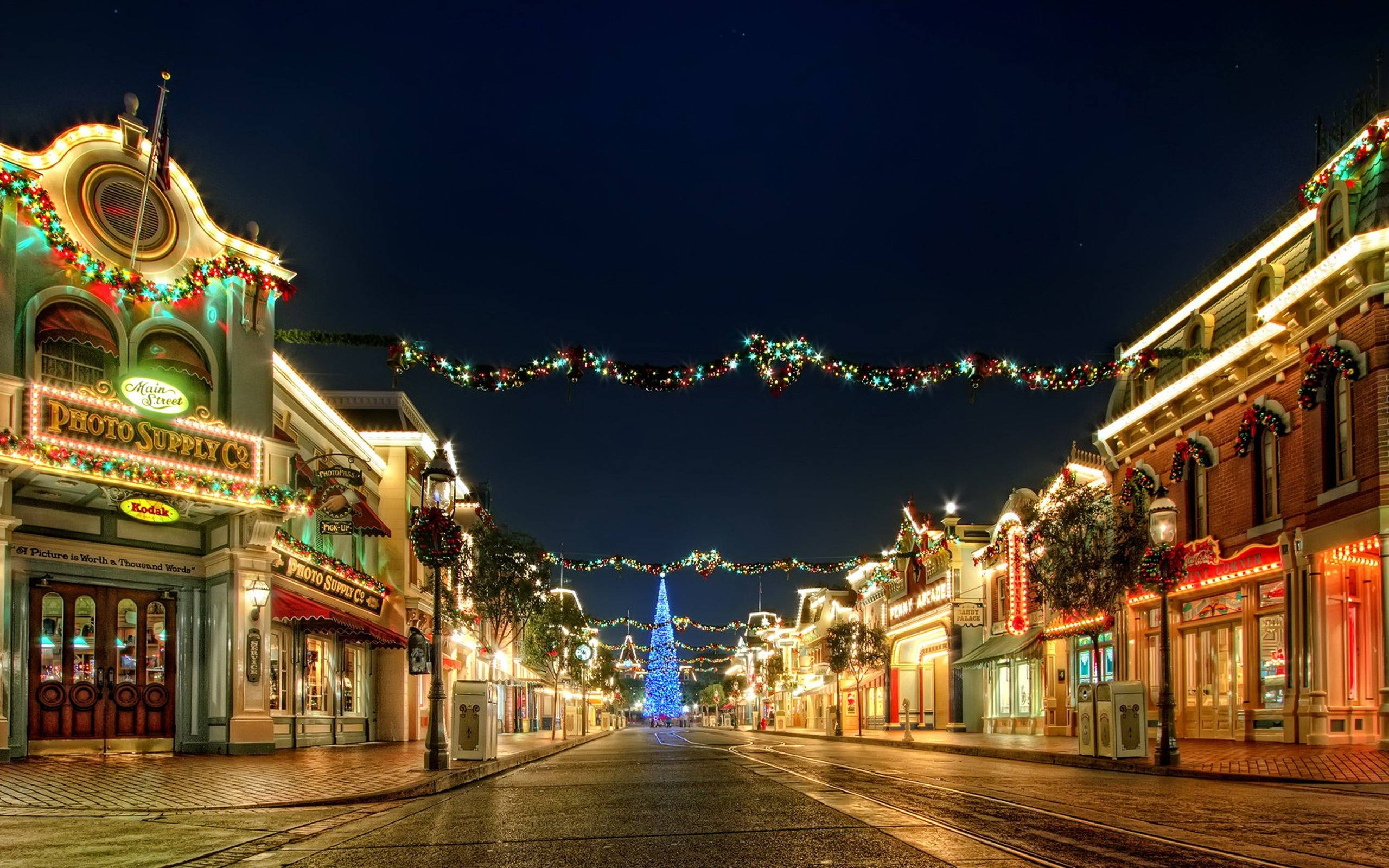 Wallpapers For > Christmas Lights City Wallpaper
