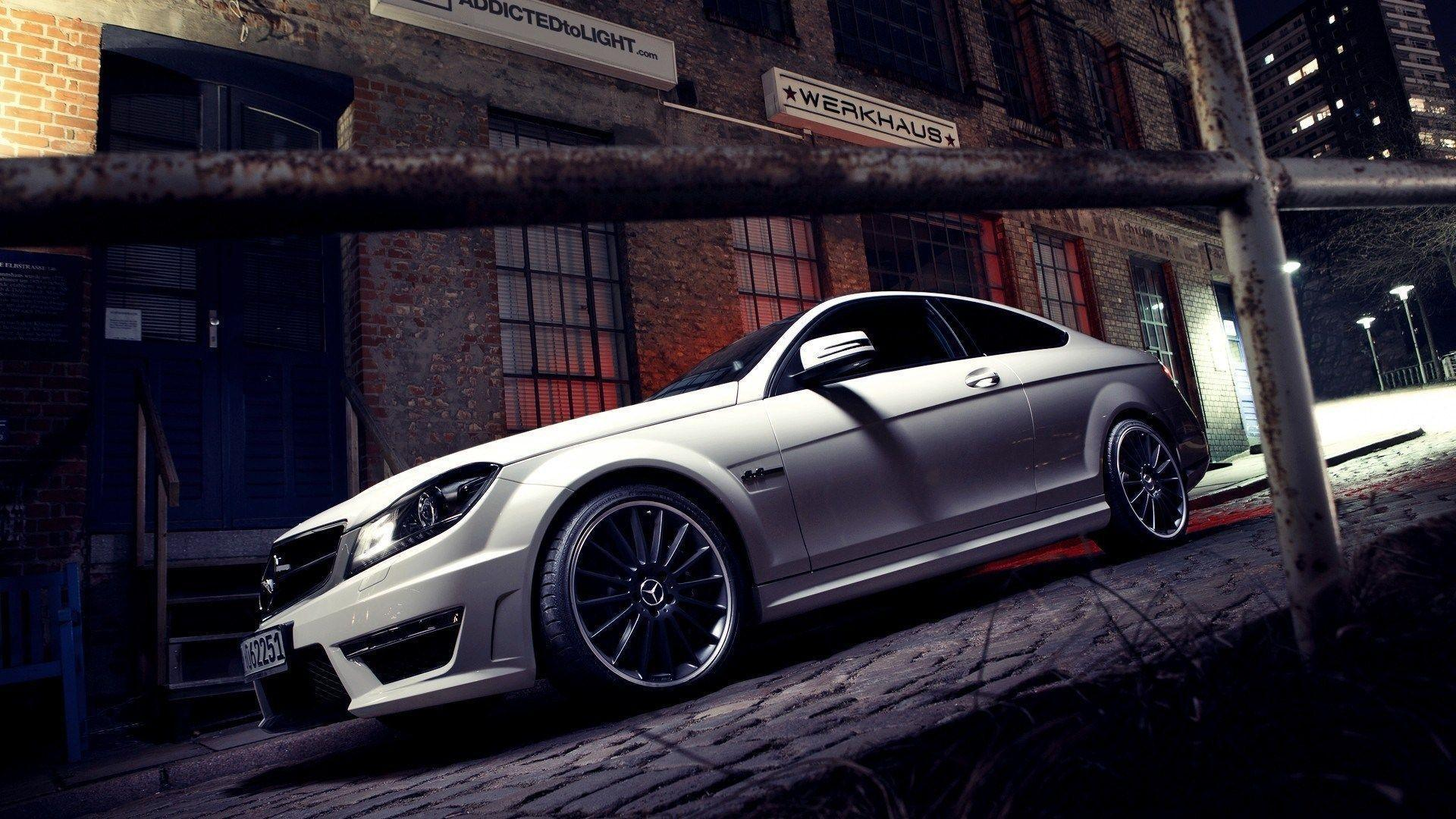 Mercedes Benz AMG Wallpapers