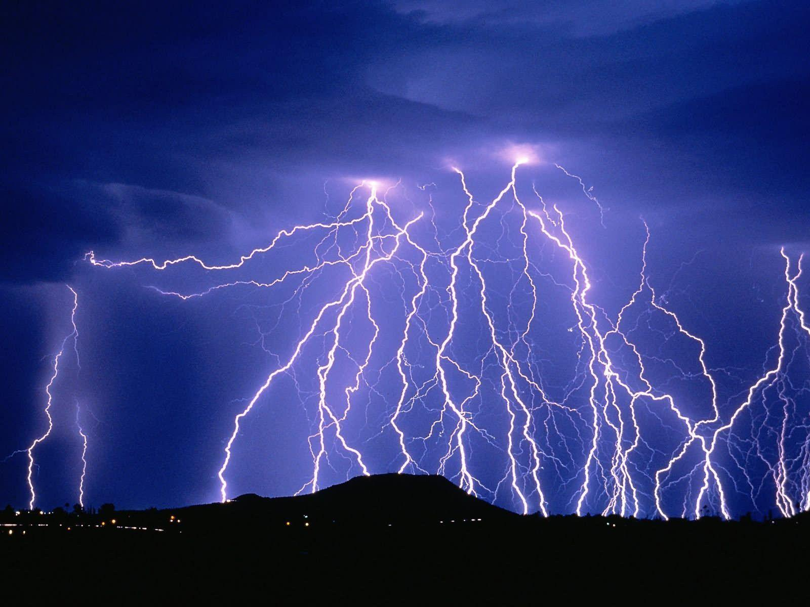 Free HD Lightning Pictures Wallpapers