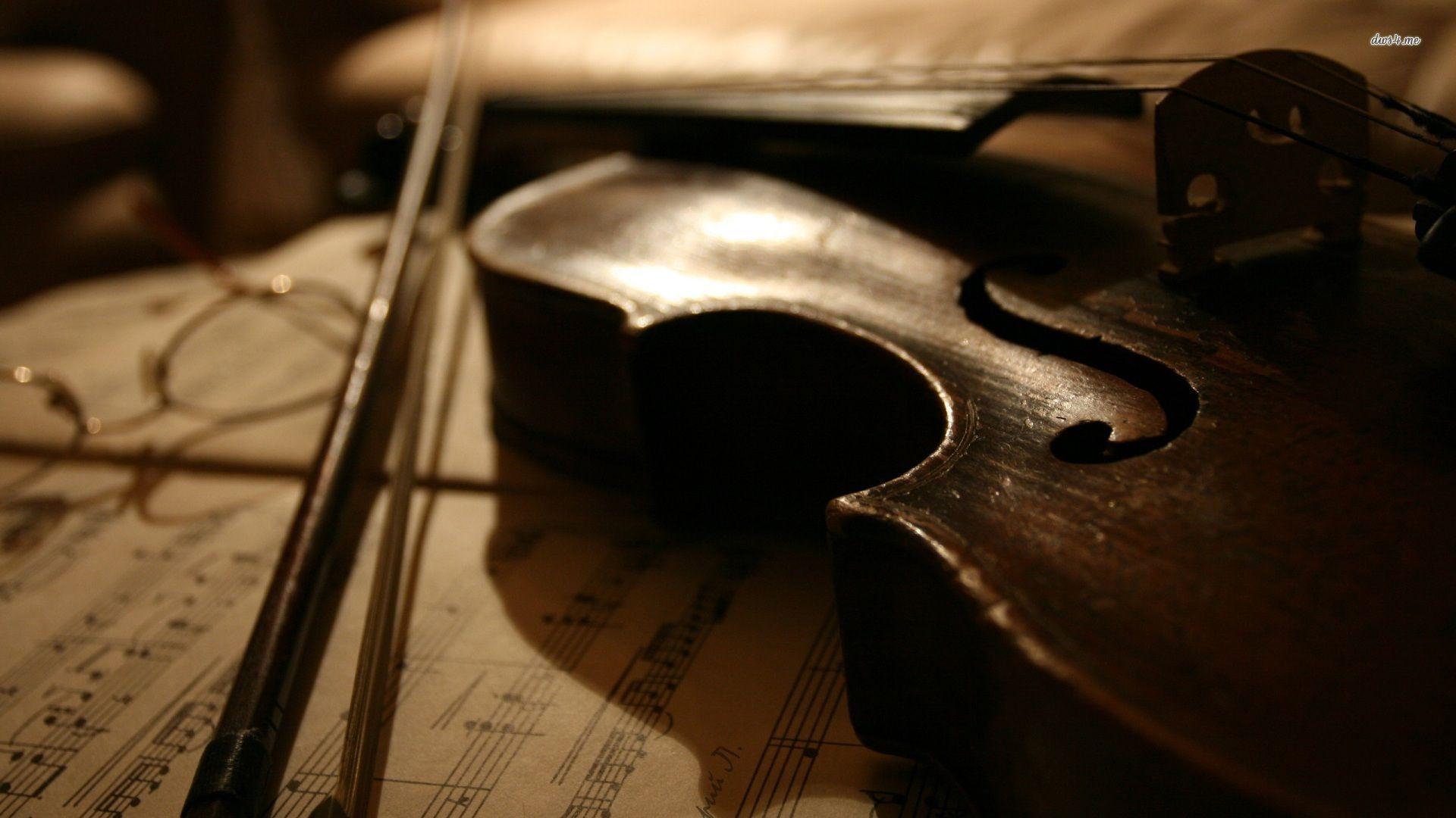 Pix For > Stradivarius Violin Wallpaper
