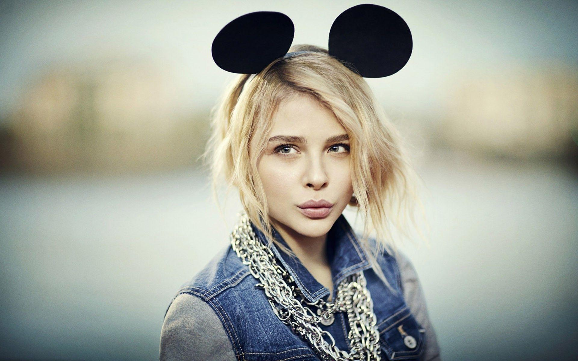 Chloe Moretz wallpapers