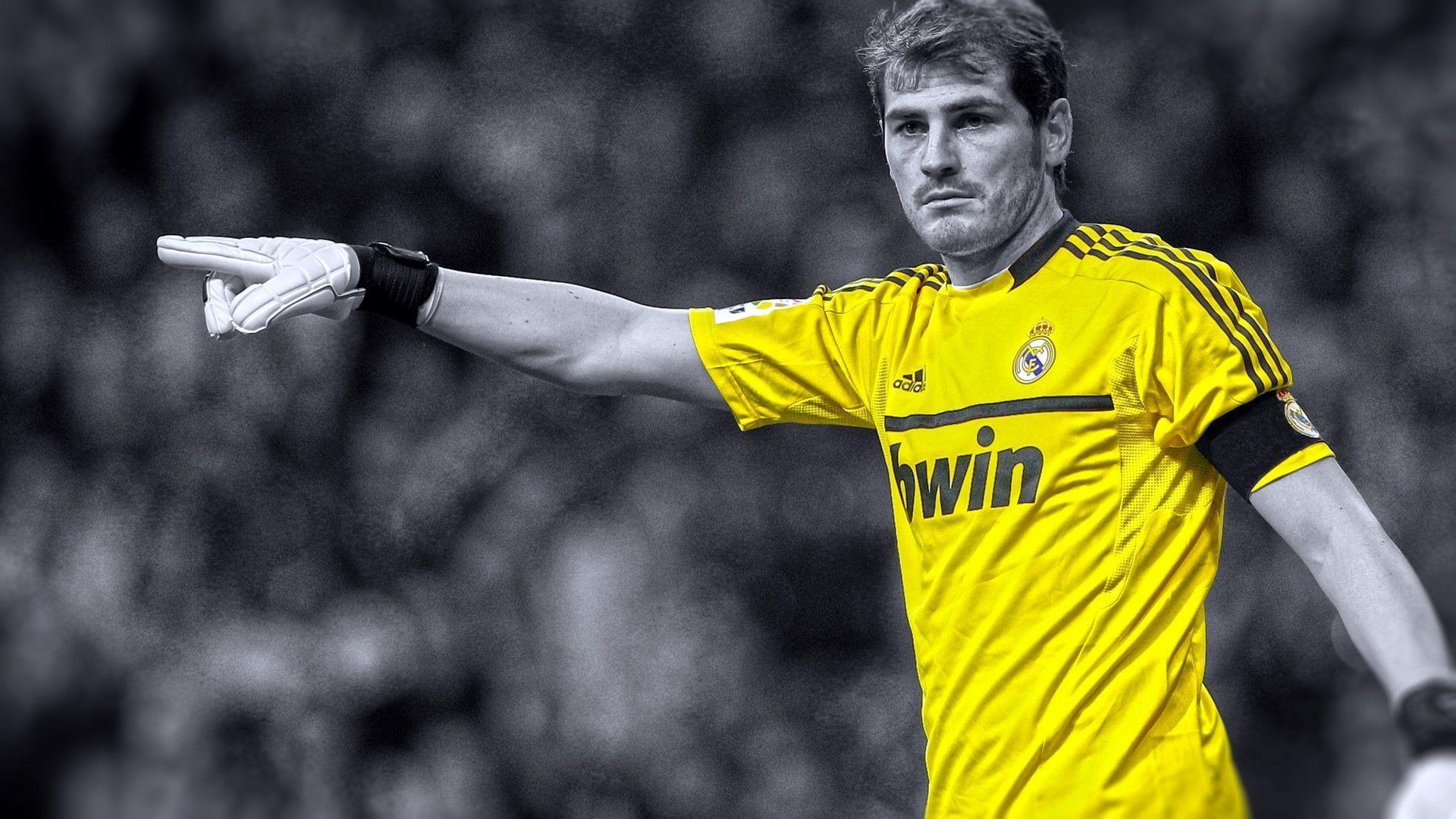 Iker Casillas Fc Real Madrid Hd Wallpaper 2014