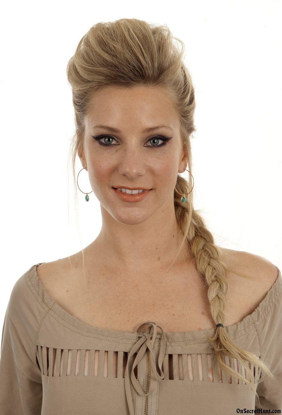 Heather Morris Wallpapers - Wallpaper Cave