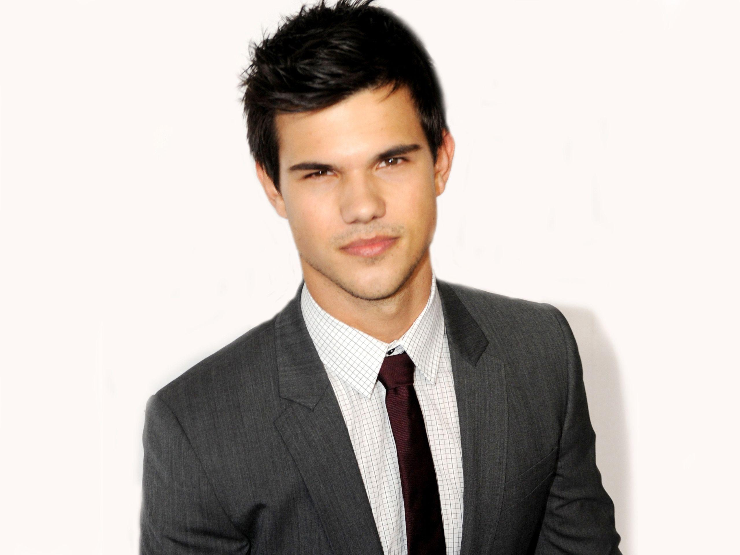 Taylor Lautner Backgrounds