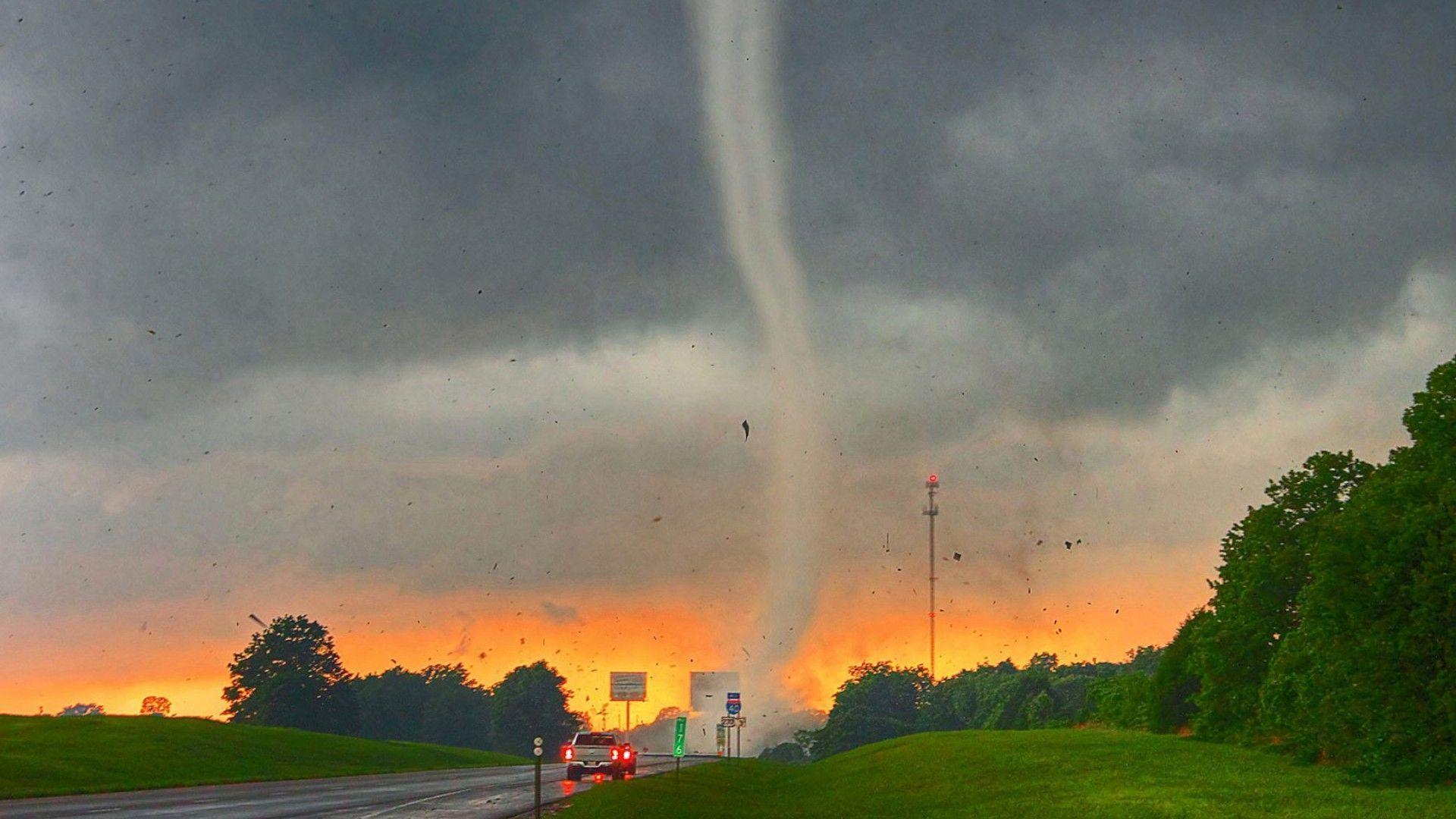 tornado wallpaper hd - photo #10