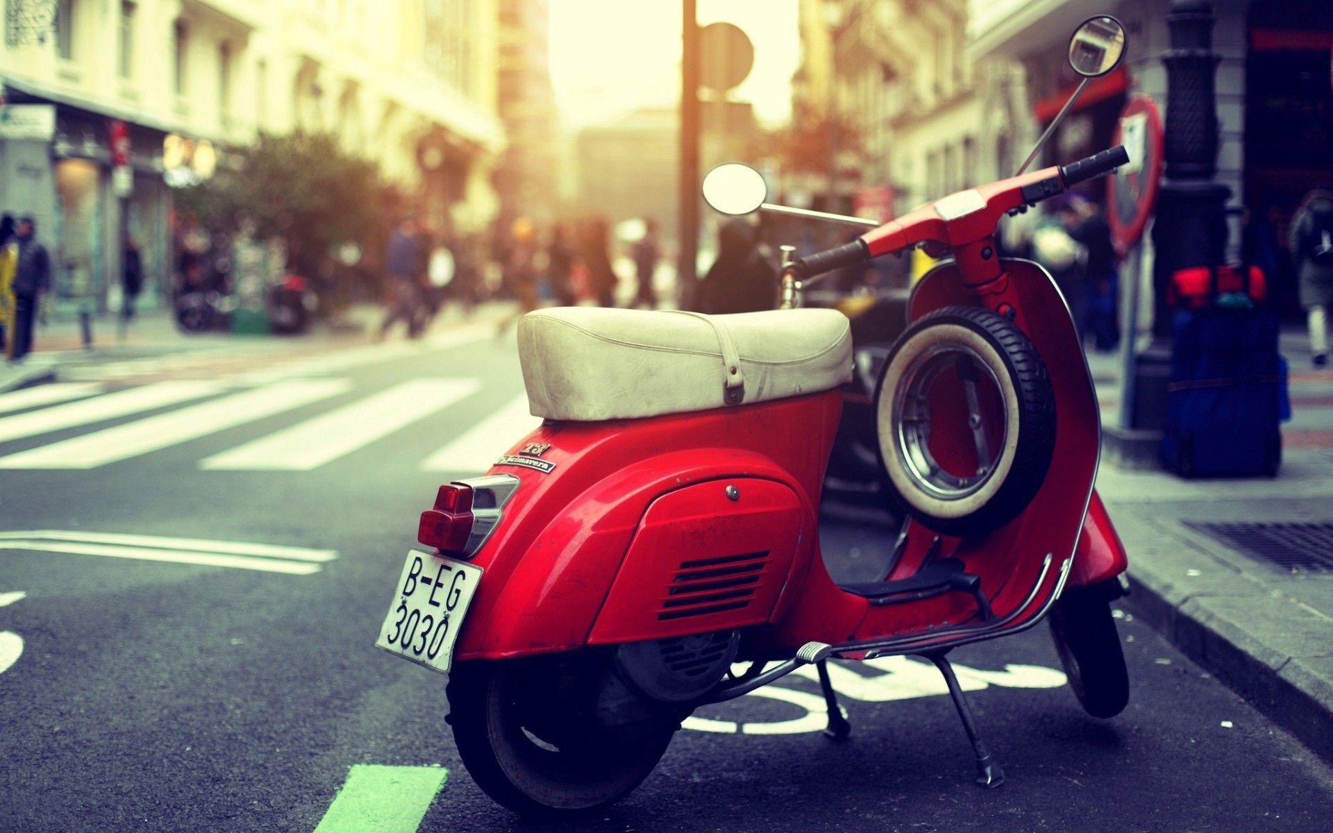 Scooter Vespa | MOTORCYCLE