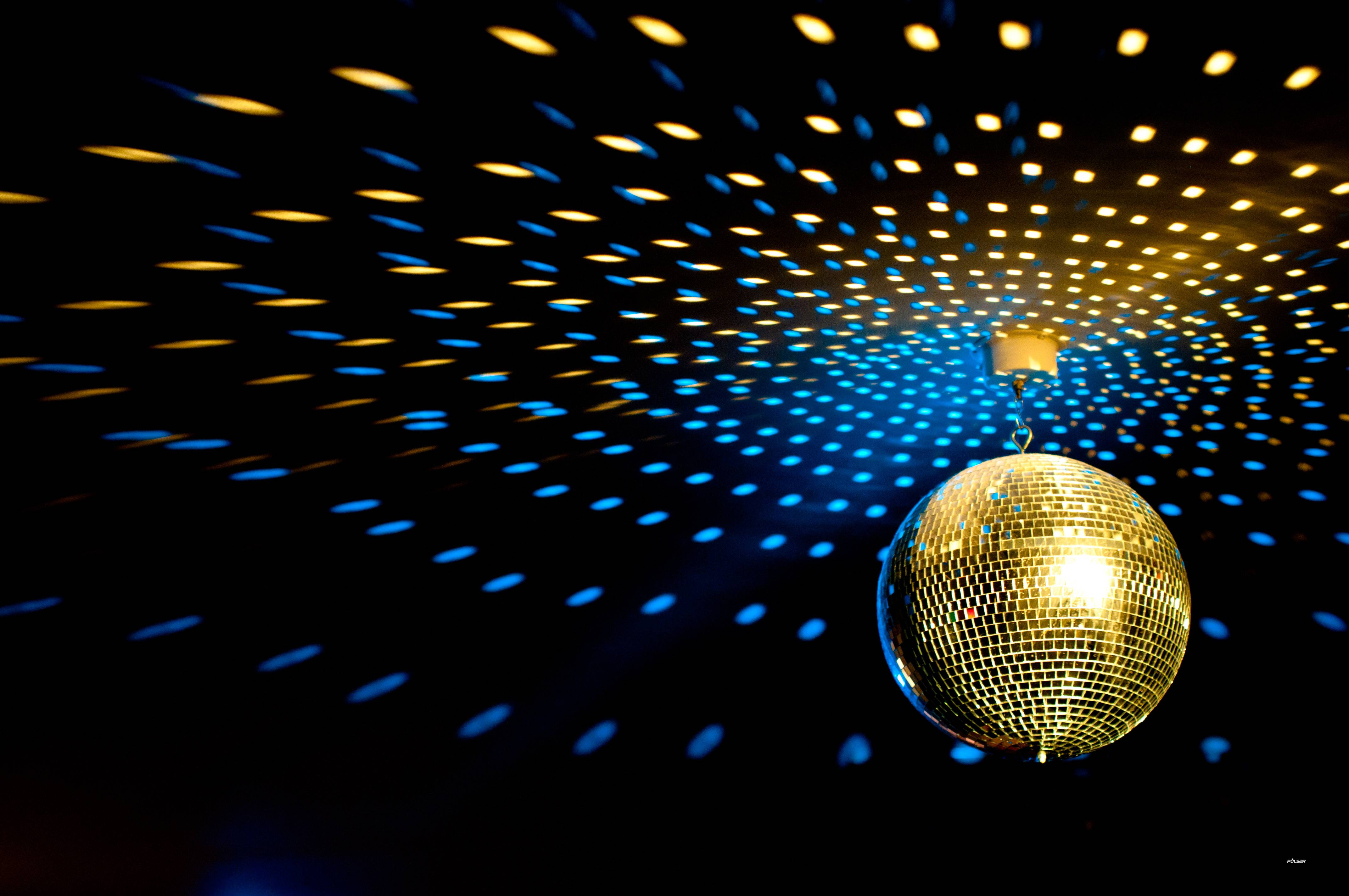Wallpapers For > Disco Ball Backgrounds