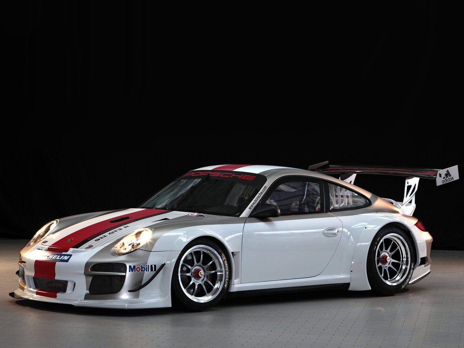 White Porsche 911 GT3 R Wallpaper | Background Download