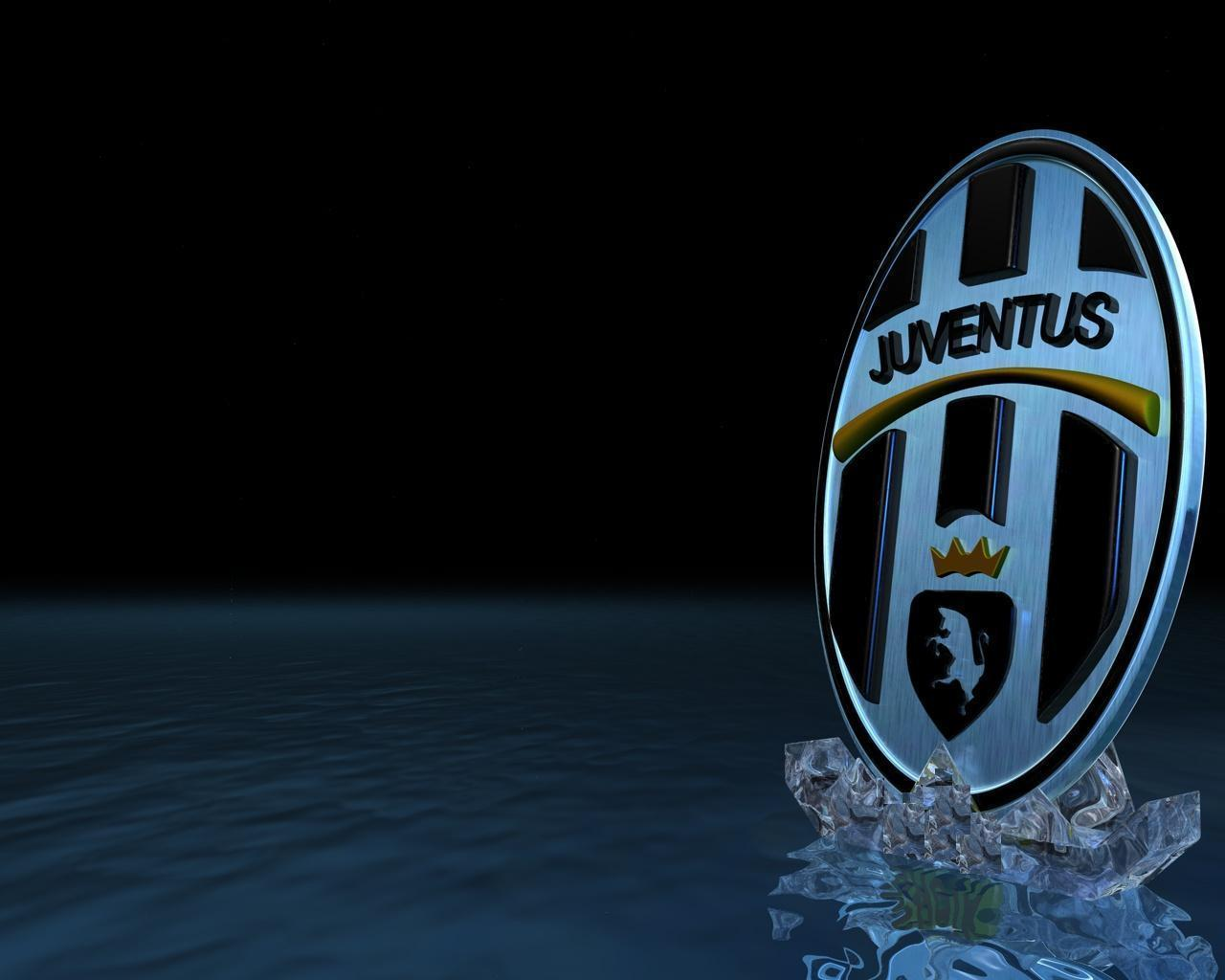 Juventus In Wall Image Wallpapers Wallpapers