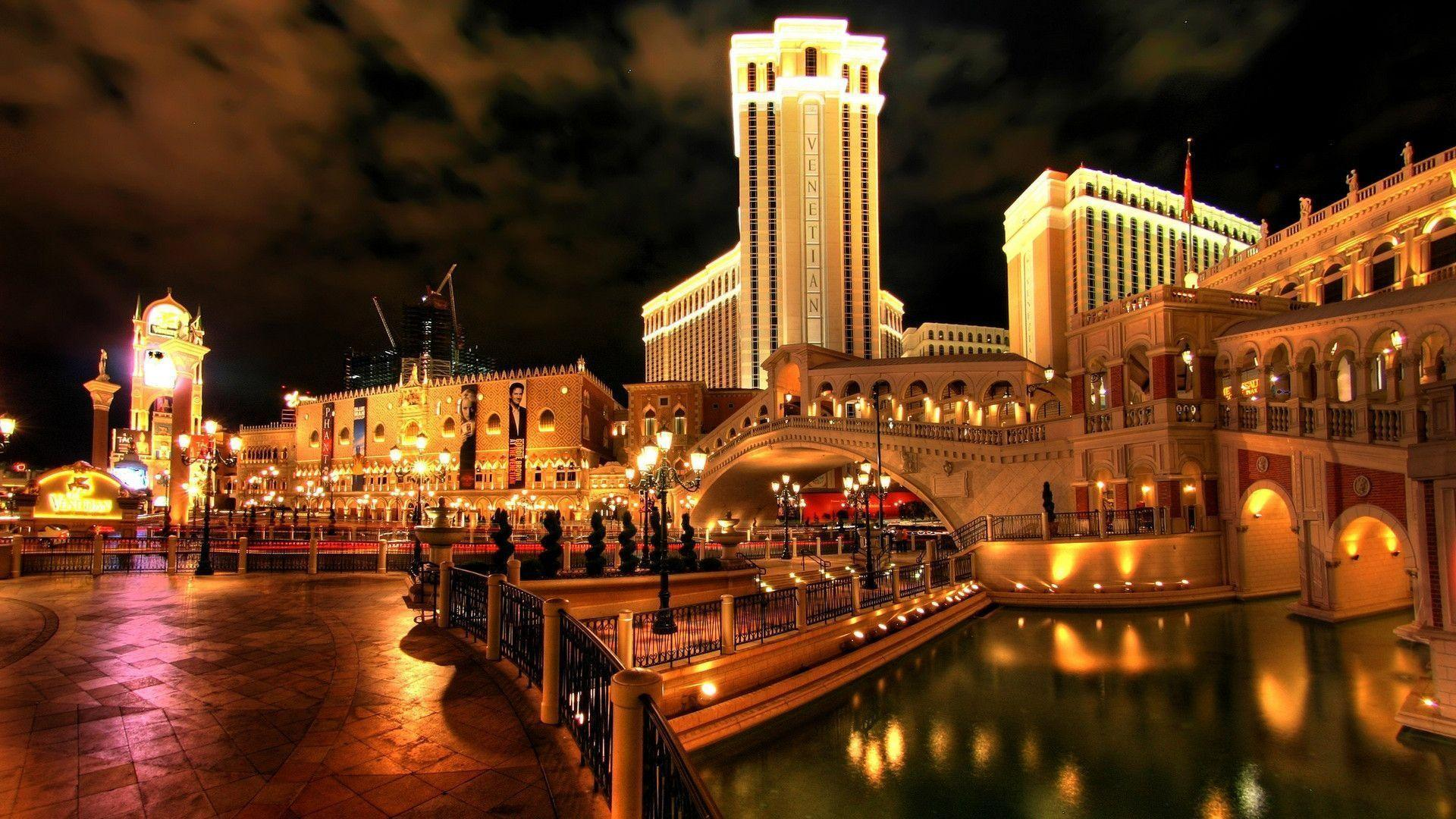 Evening Las Vegas City Wallpaper City Wallpaper Pictures to pin on ...