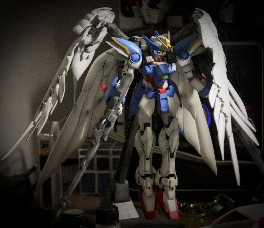 MG 1/100 Wing Gundam Zero Custom: Modeled by Stephanus Harjanto