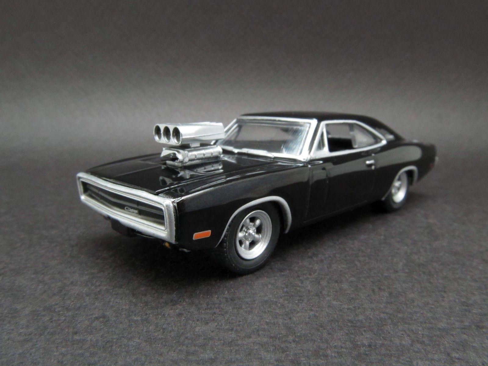 1970 Dodge Charger Engine HD Desktop