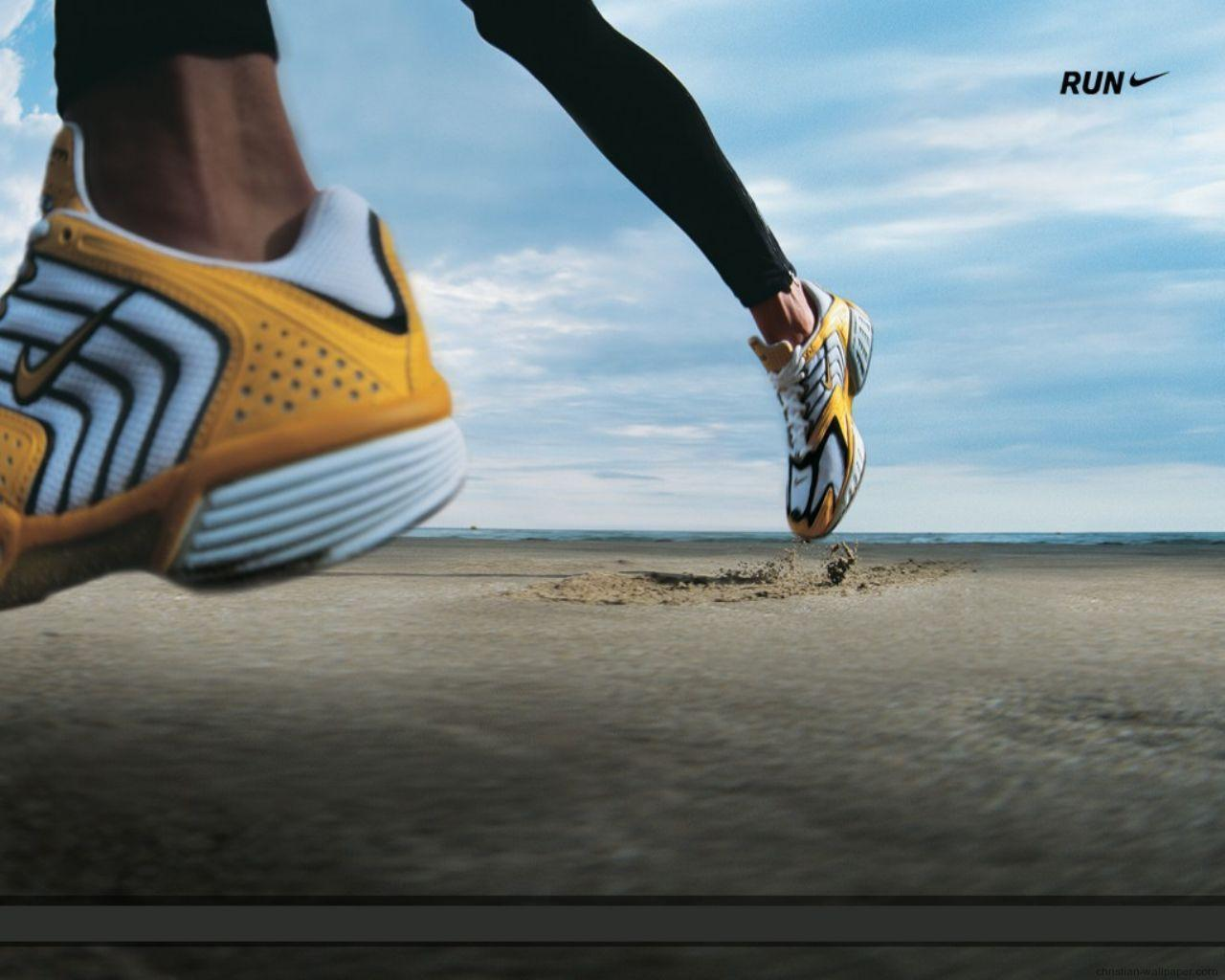 running wallpapers desktop