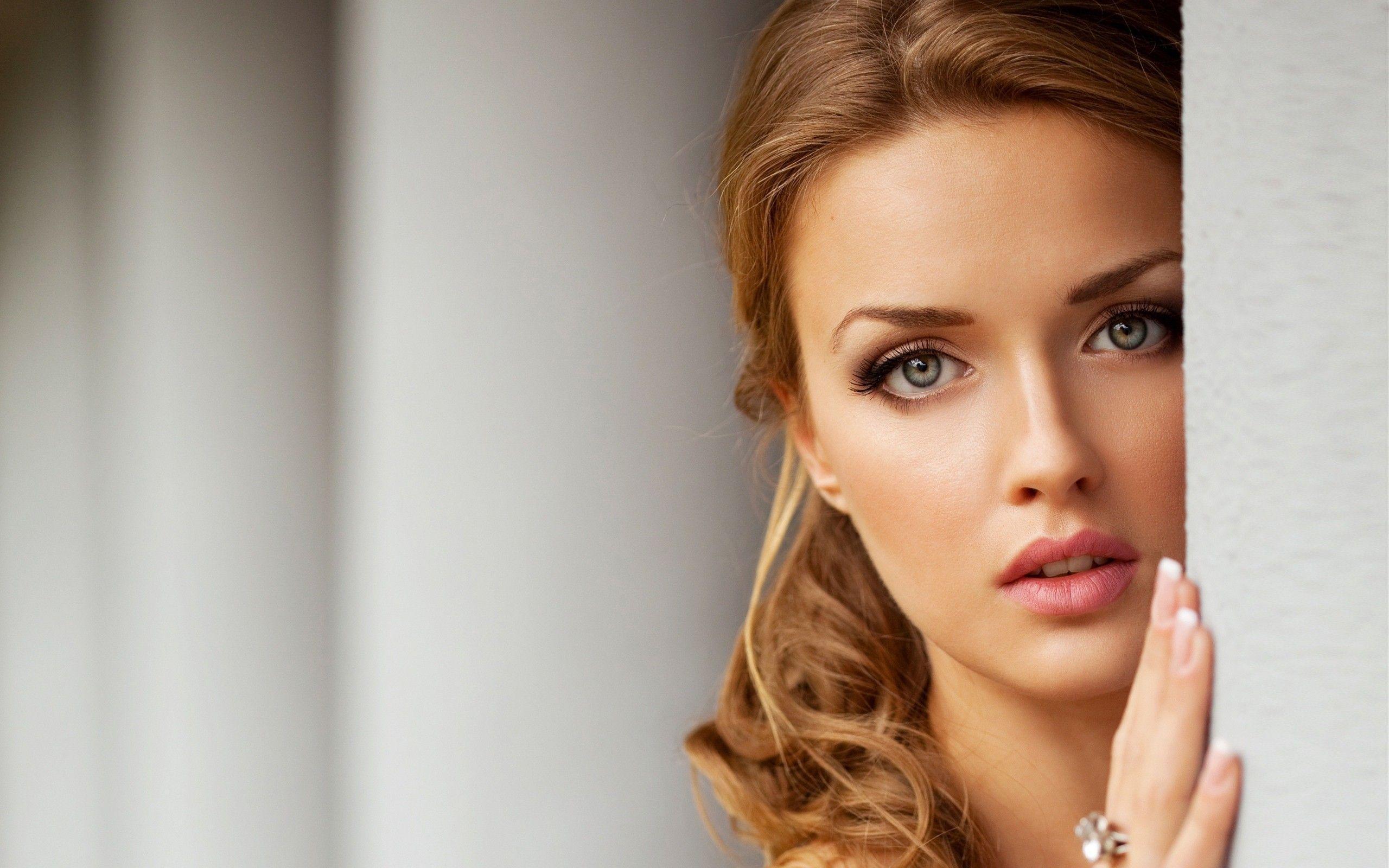 Beautiful Women Faces Wallpaper - WallpaperSafari