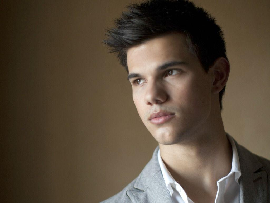 Taylor Lautner Desktop Wallpapers