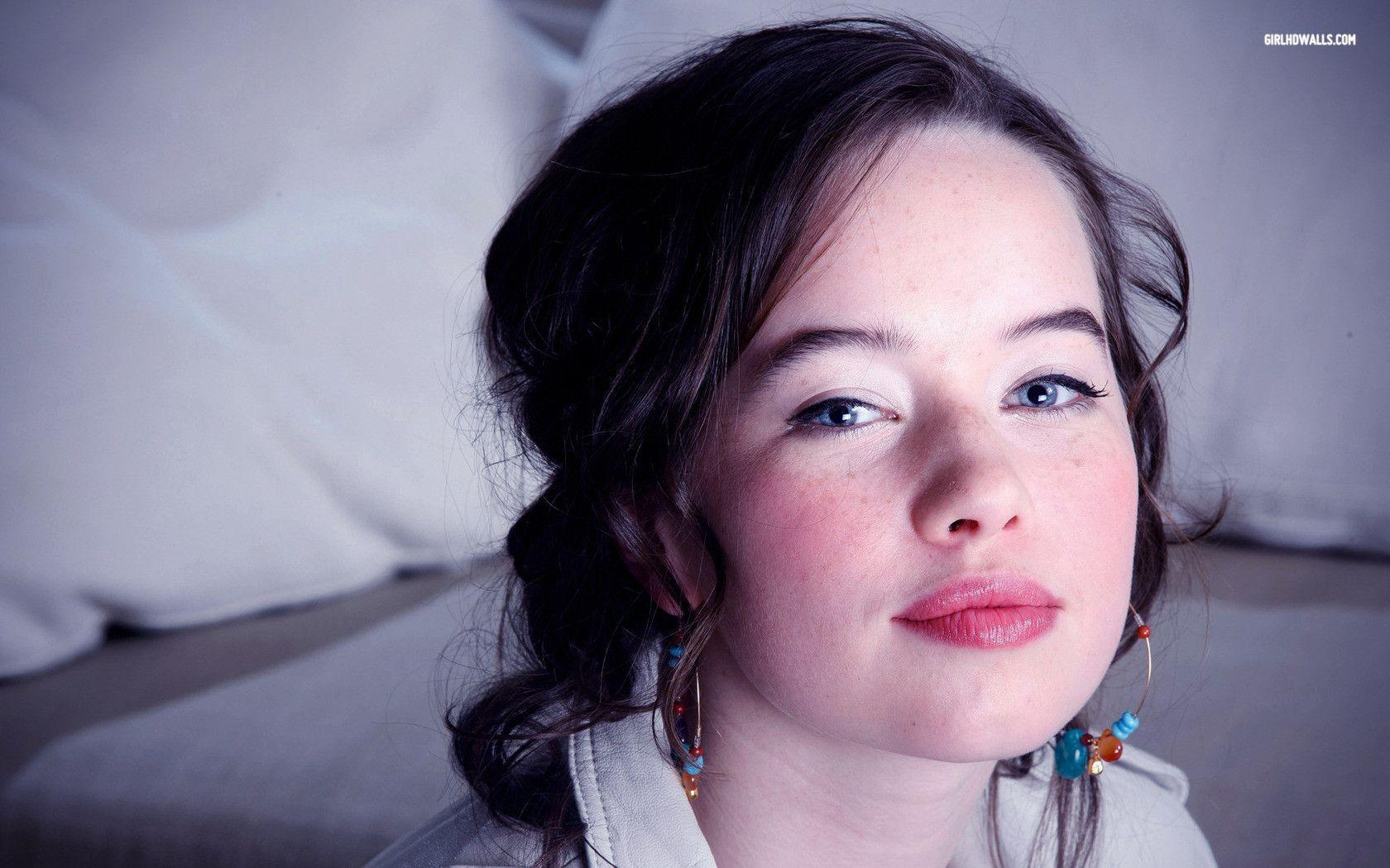Anna Popplewell Wallpapers - Wallpaper Cave