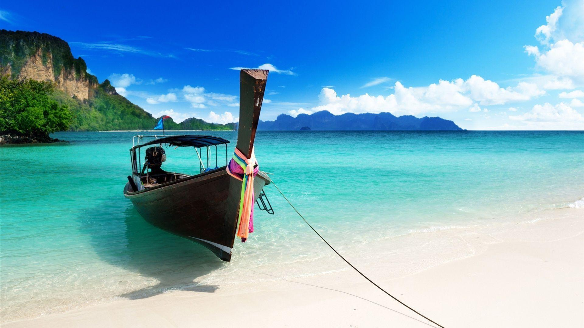 The blue beach boat Wallpapers
