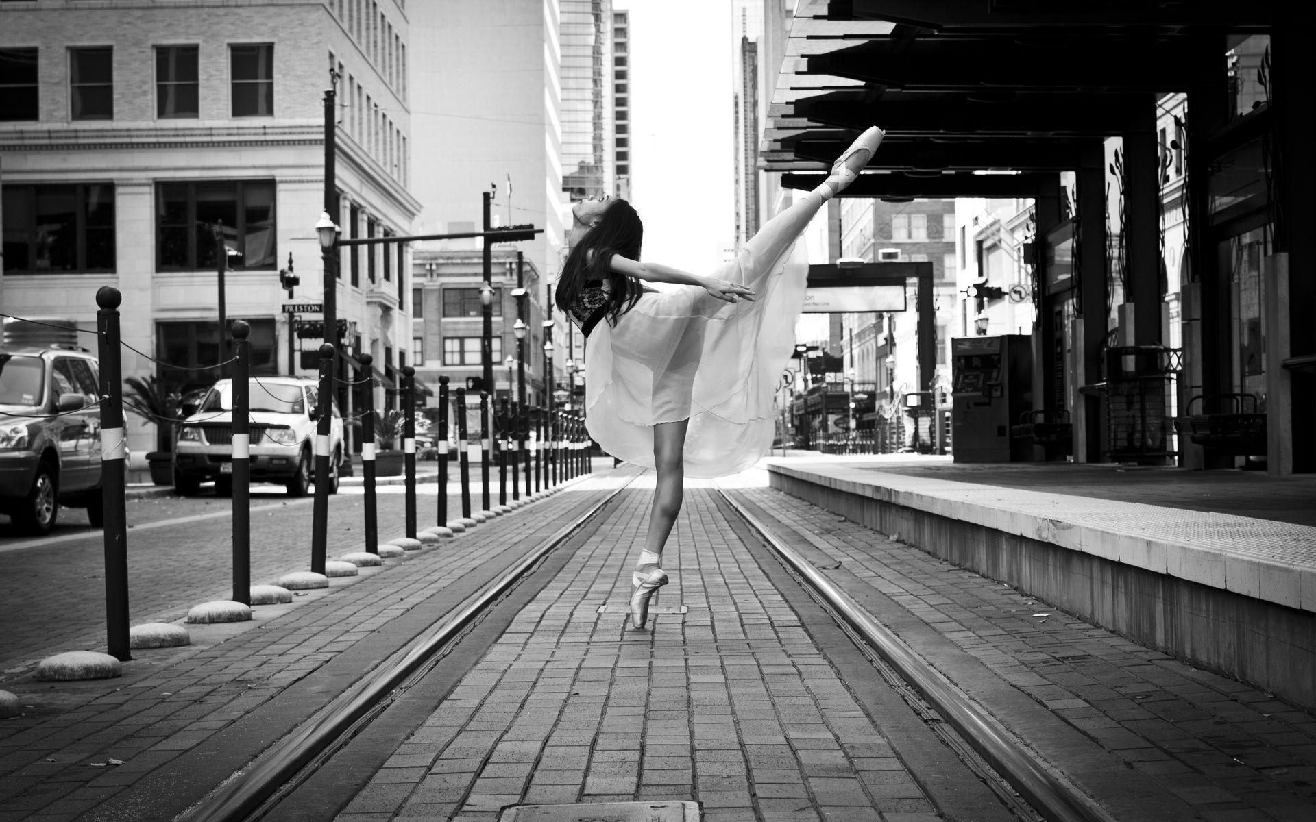 City Ballerina Wallpapers 1920×1200