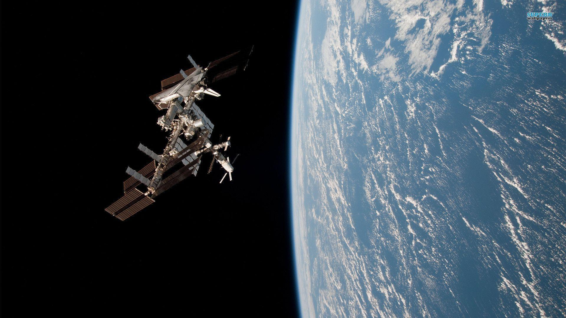 International Space Station - Wallpaper Cave