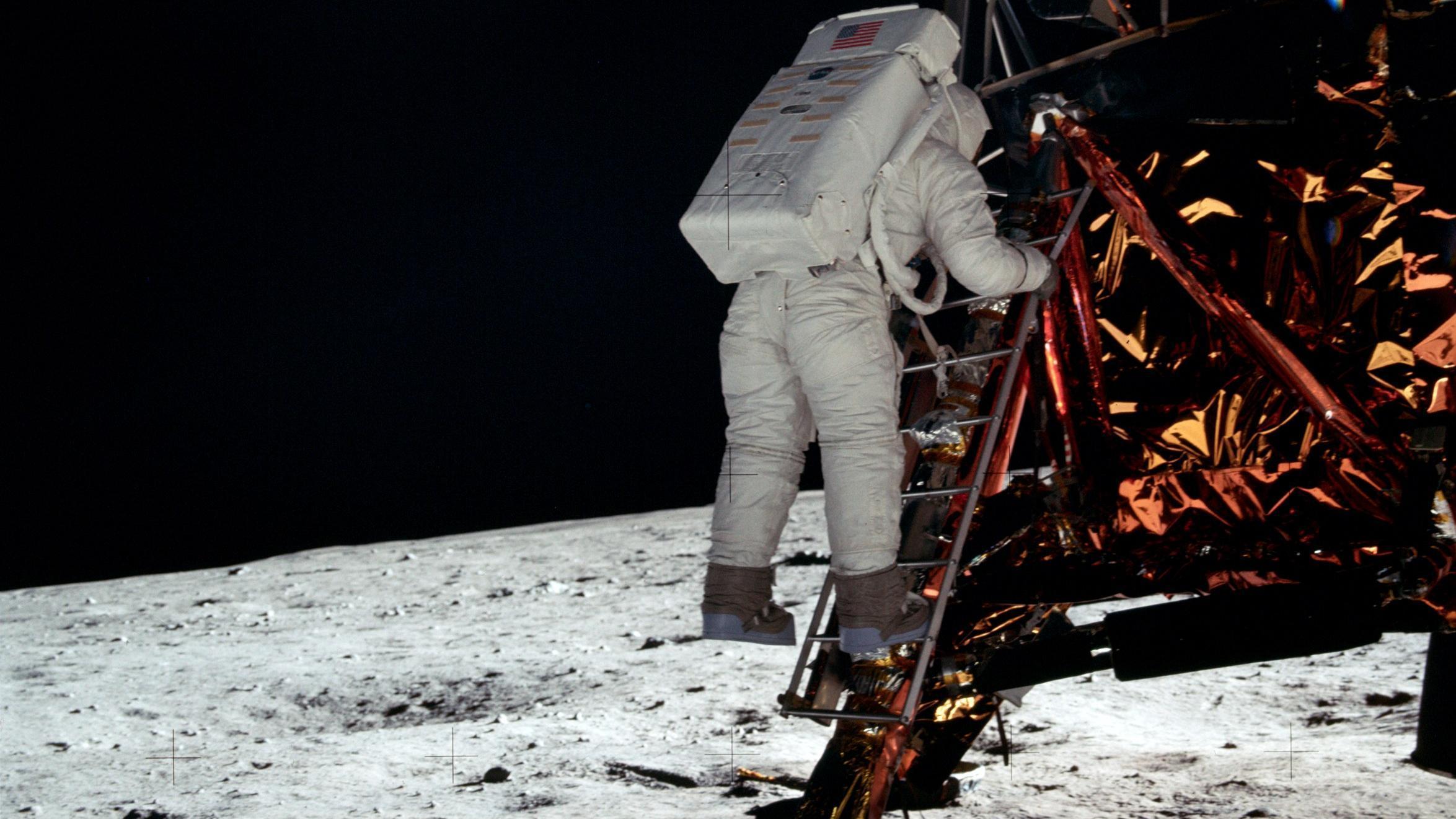 Apollo 11 Wallpapers - Wallpaper Cave