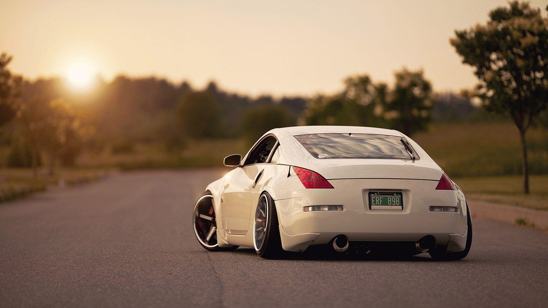 Nissan 350z Tuning Back Photo Sunshine Field HD Wallpaper - ZoomWalls