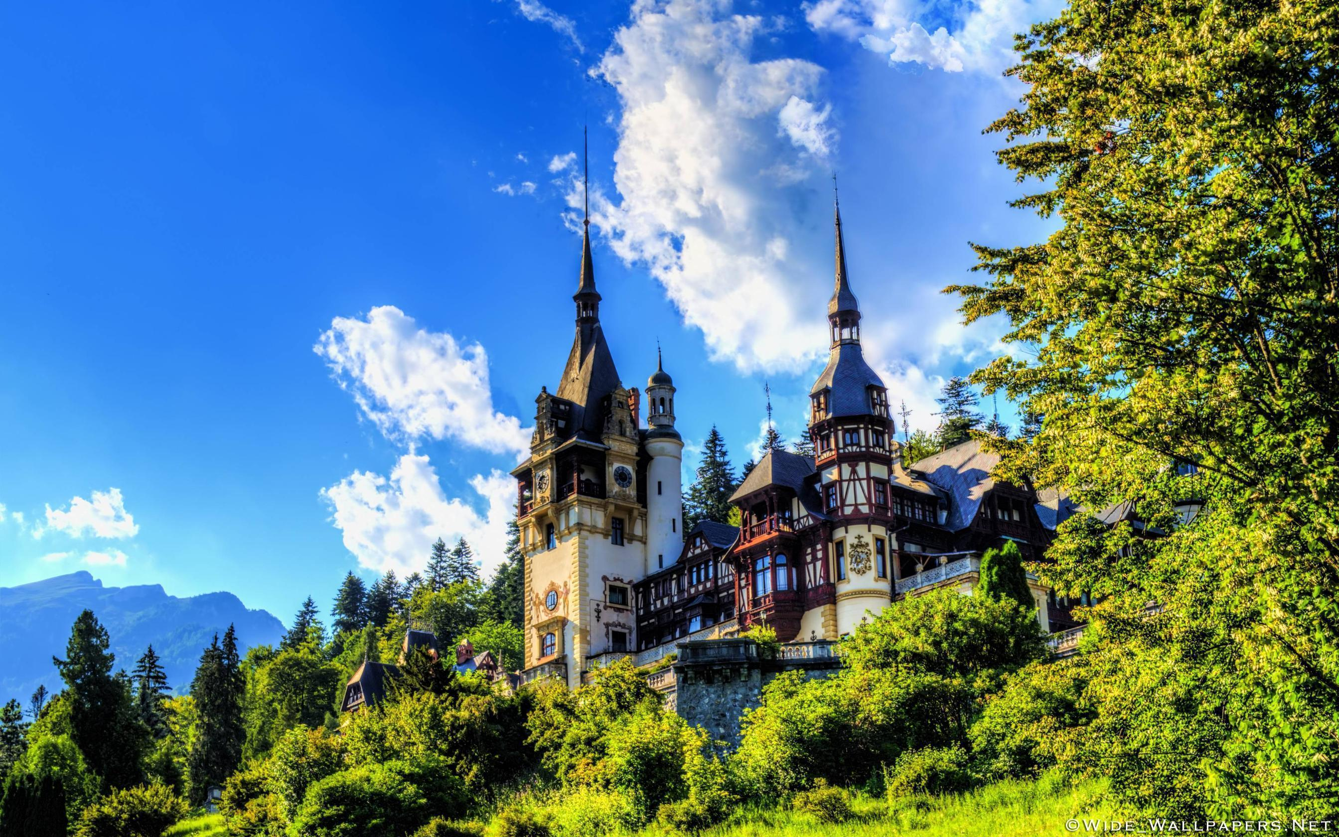 Peles Castle, Sinaia, Romania widescreen wallpapers
