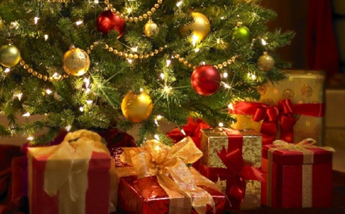 Free Christmas Wallpaper Backgrounds.Christmas Images Free Backgrounds Wallpaper Cave