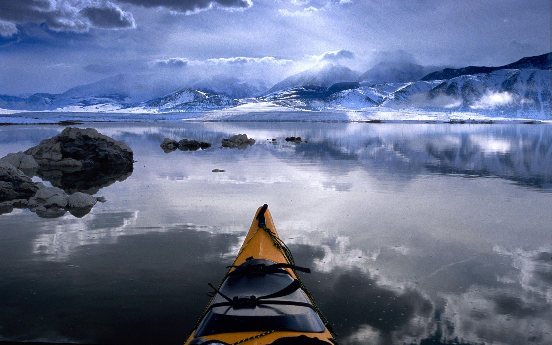 Canoe in Cold Alaska Wallpapers and Photo