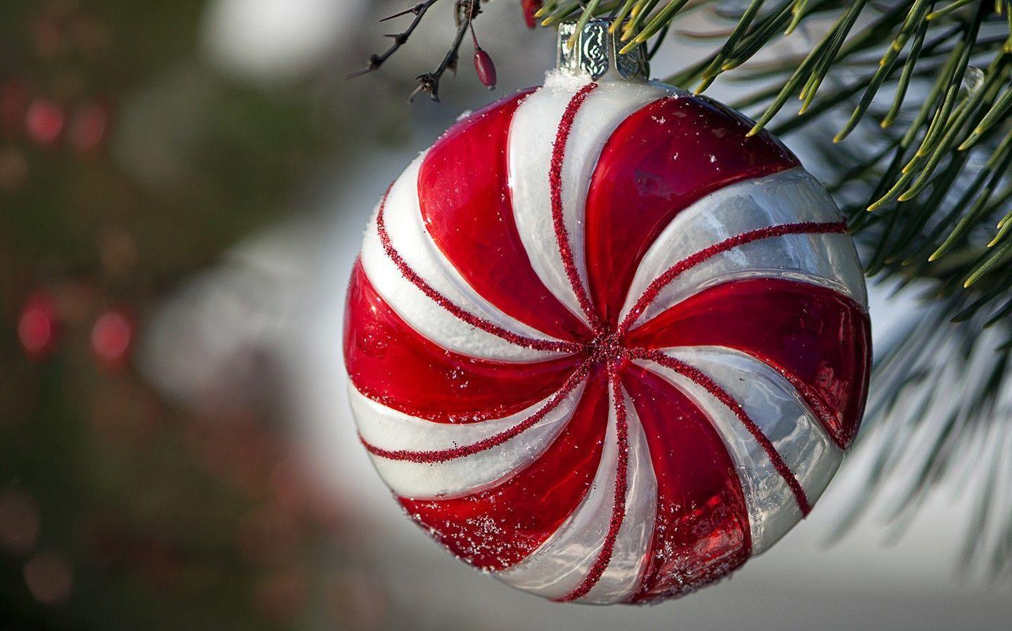 Colorful Christmas ornaments wallpaper 31115 - Christmas - Festival
