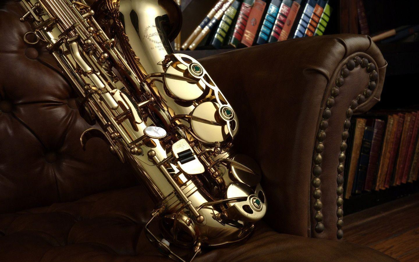 Pix For > Saxophone Wallpaper