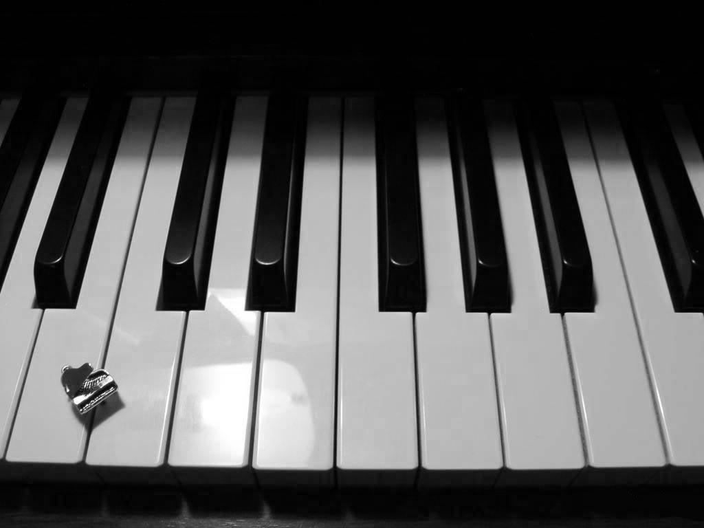 Piano Keys Wallpapers Wallpaper Cave