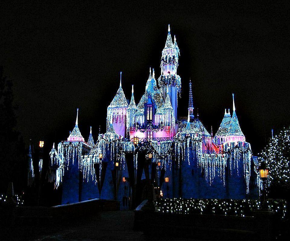 Christmas At Disney Holiday Wallpaper For Apple IPhone 4S 16GB