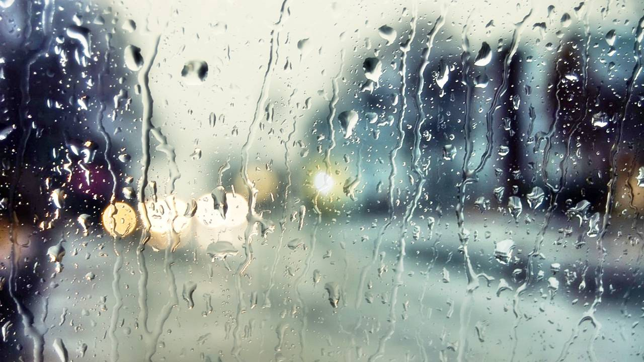 romantic rainy wallpaper - photo #19