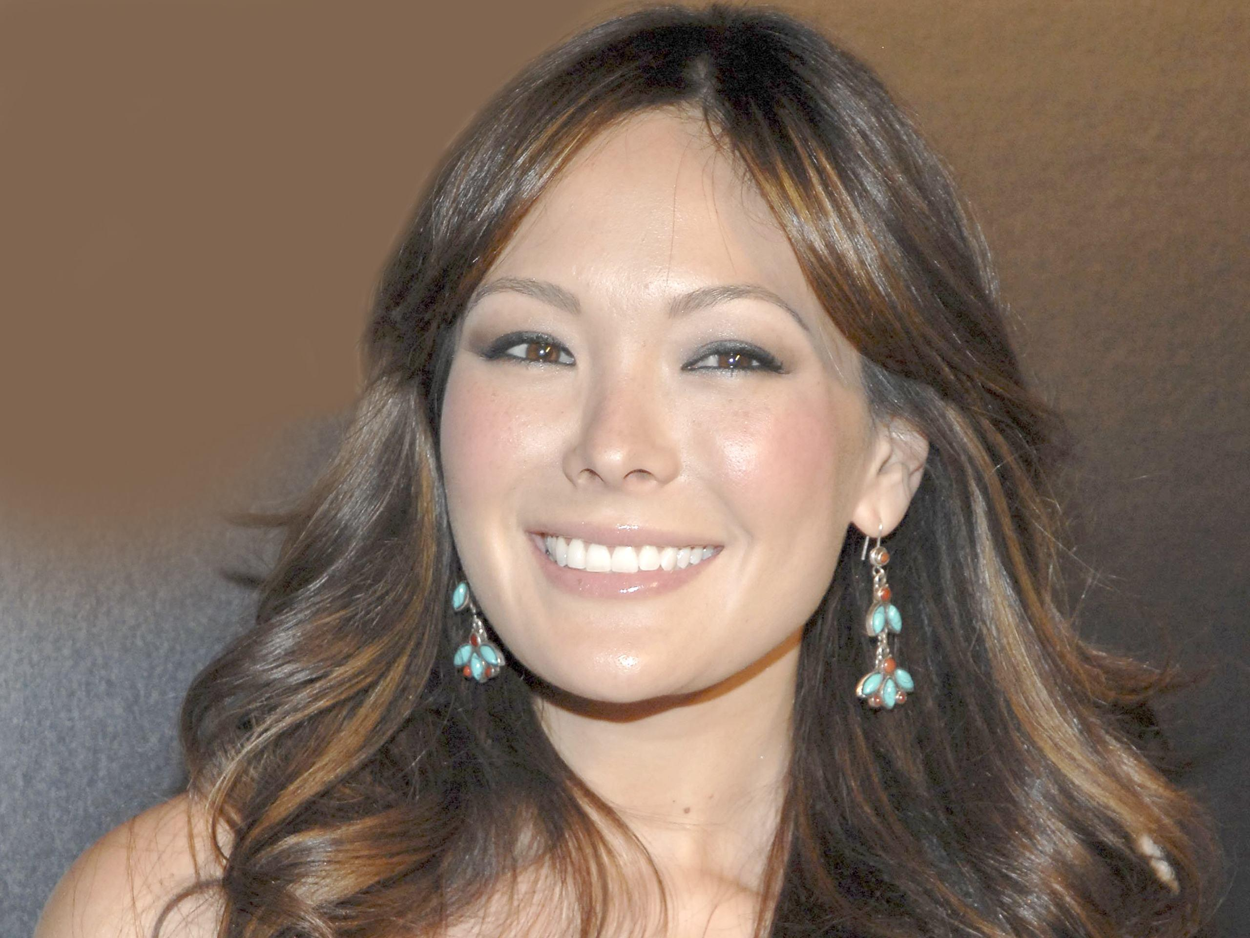 lindsay price cave lindsay price hd backgrounds price host