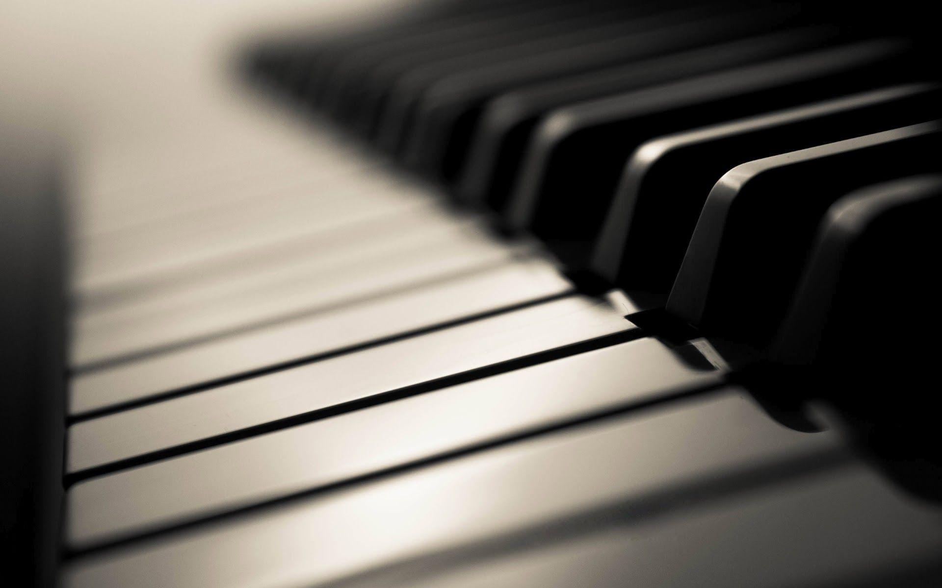 Piano Wallpaper - Hobbies & Leisure