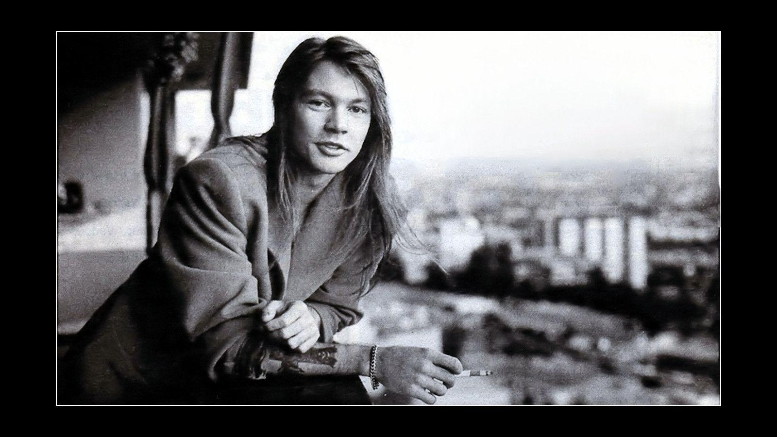 Axl Rose in the 80s wallpapers