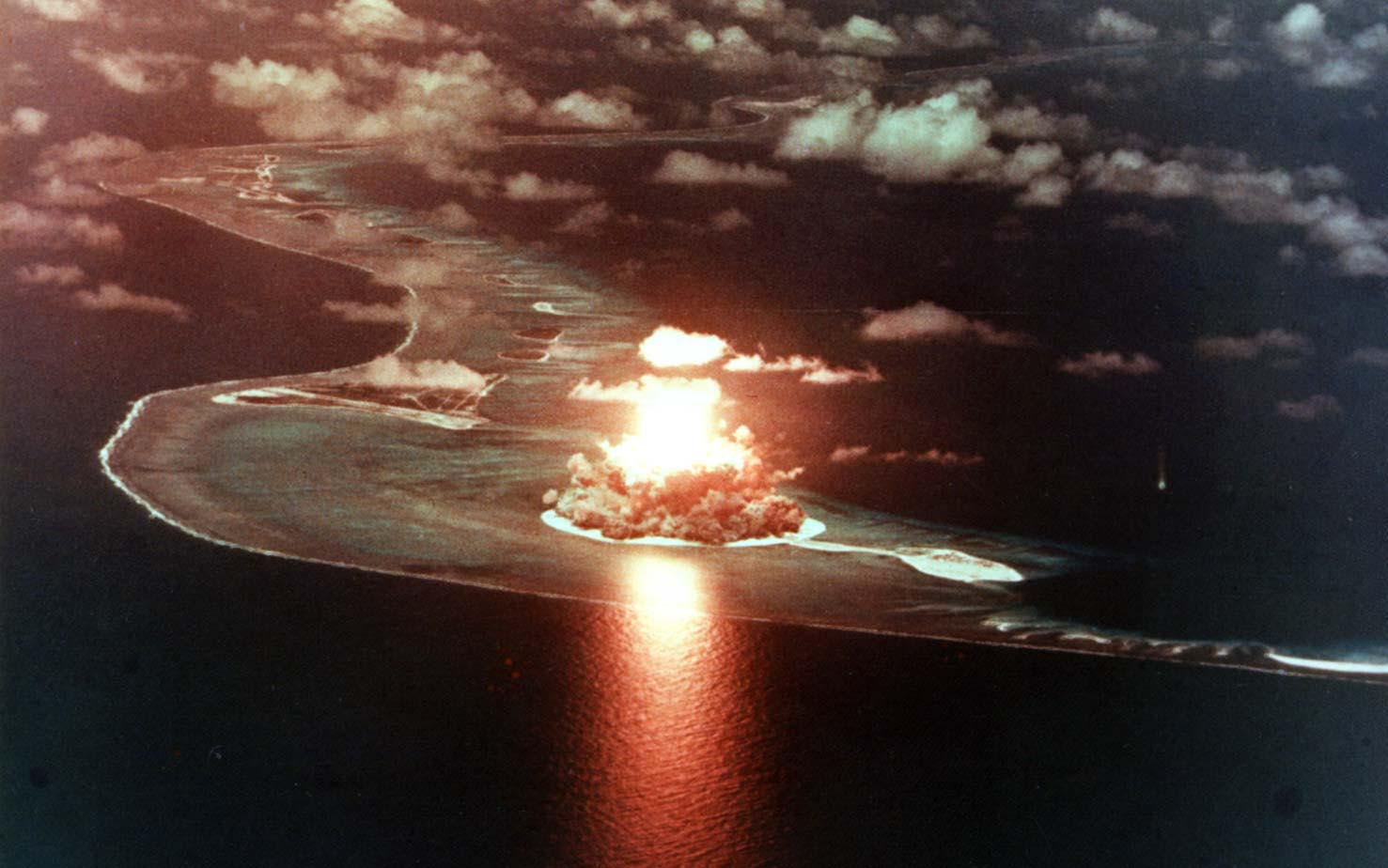 Nuclear Bomb Blast Explosion Aerial dark military wallpaper ...