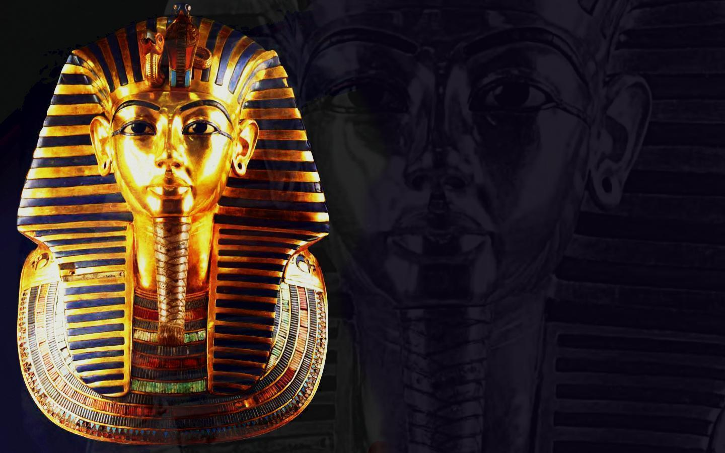 24 Egyptian Wallpapers