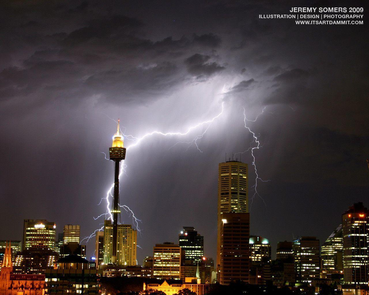 Download Sydney lightning storm wallpapers that won Bing Photo contest